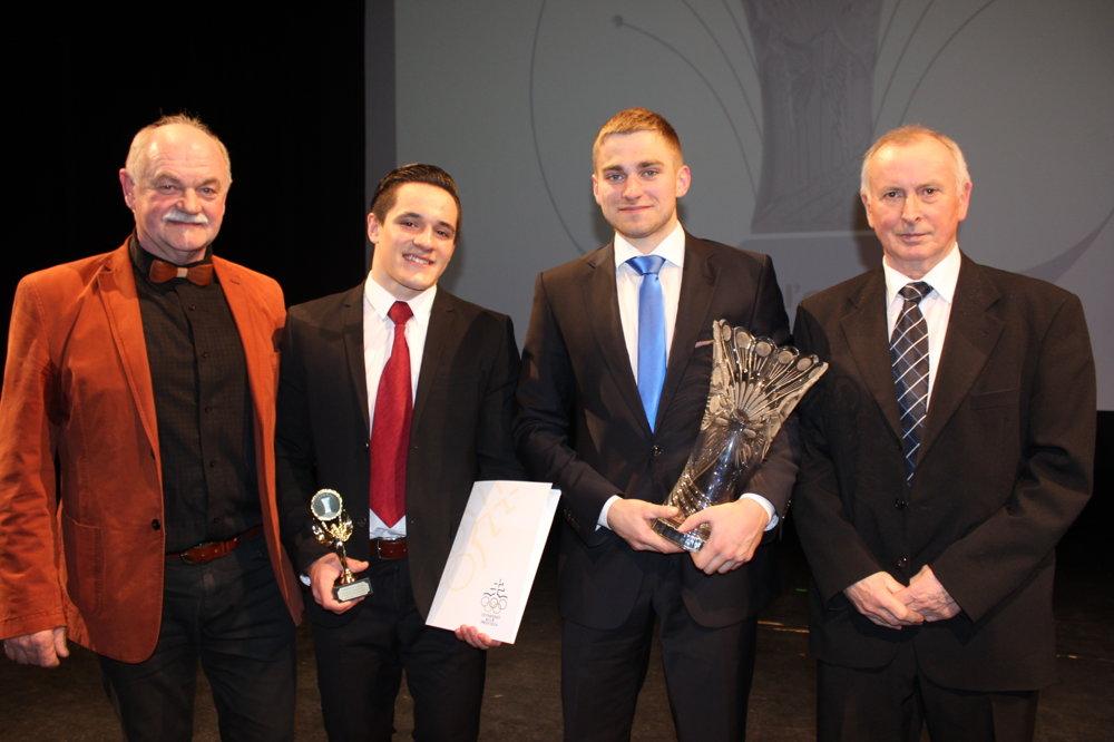 Hagara Ľubomír, Jedinák Matúš, Nemček Martin, Oršula Milan (prezident KRK Nováky)